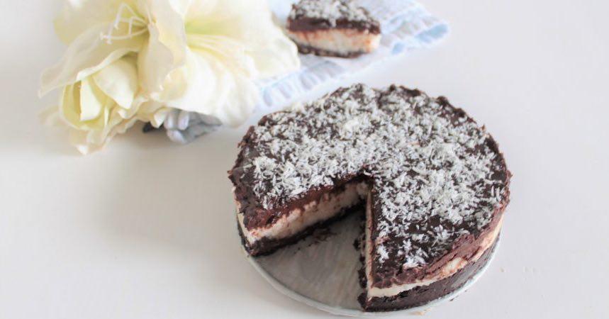 Glutenvrije, lactosevrije en eivrije (vegan) bounty taart